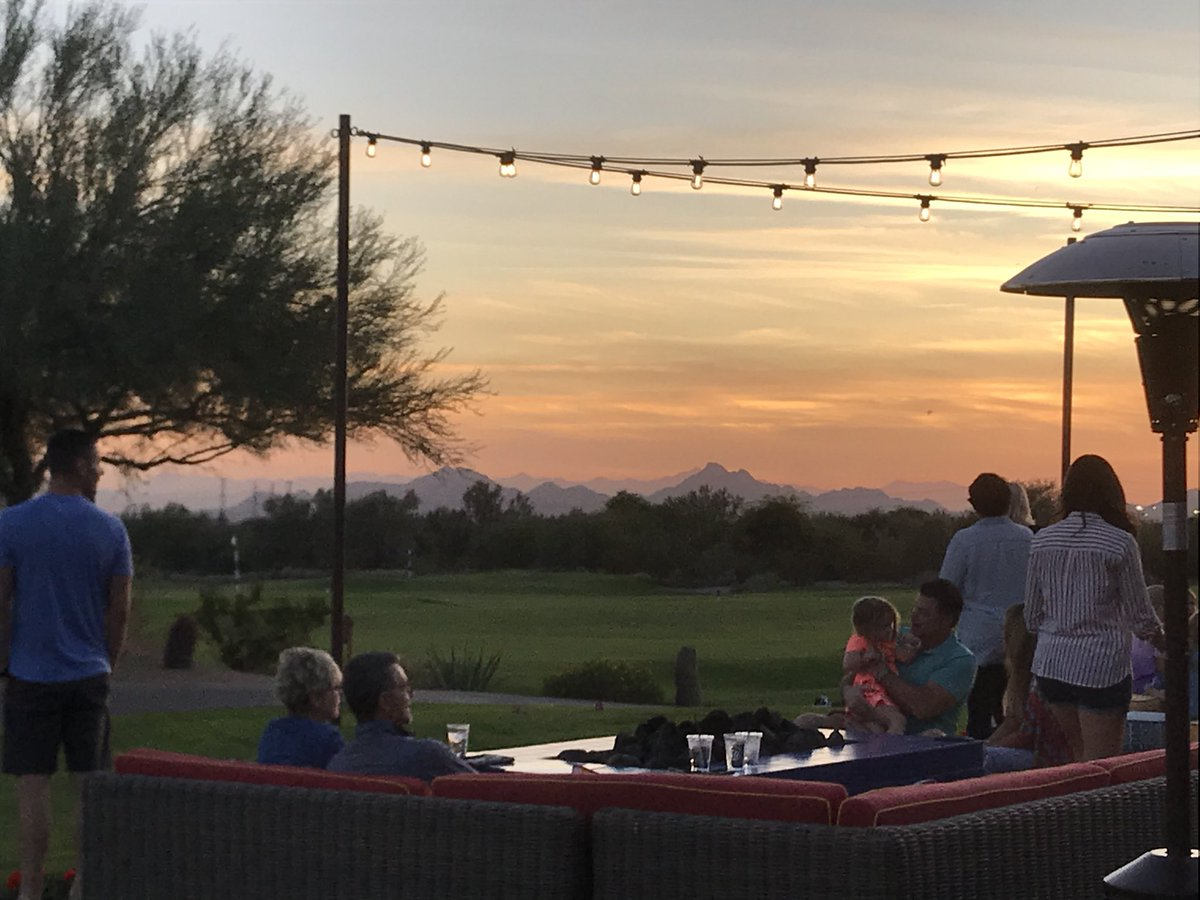 Bob Mccann On Twitter A Blue Moon On Tap And The Views At Isabella S Kitchen In Scottsdale A Great Friday Night
