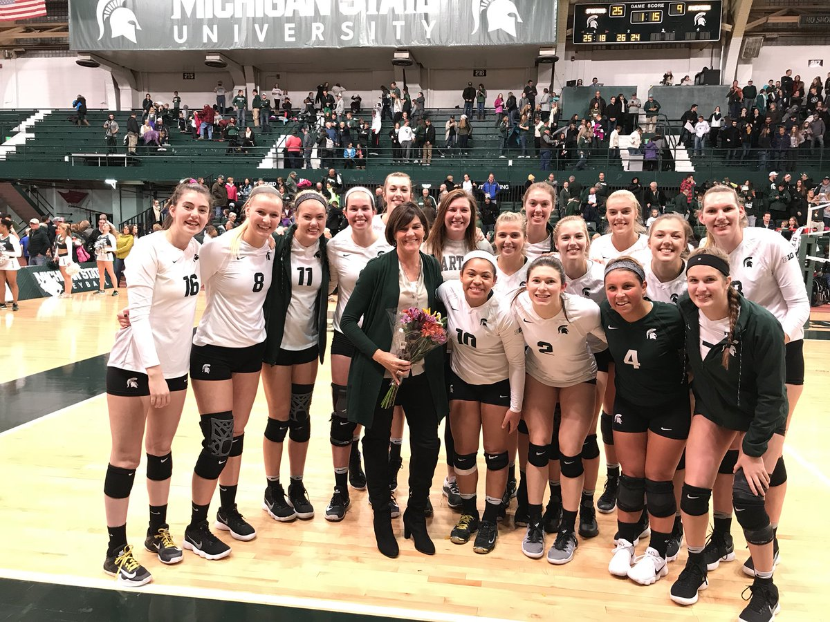 Msu Volleyball On Twitter That S Msu Win 251 For Head Coach Cathy George She S Now The All Time Winningest Coach In Program History