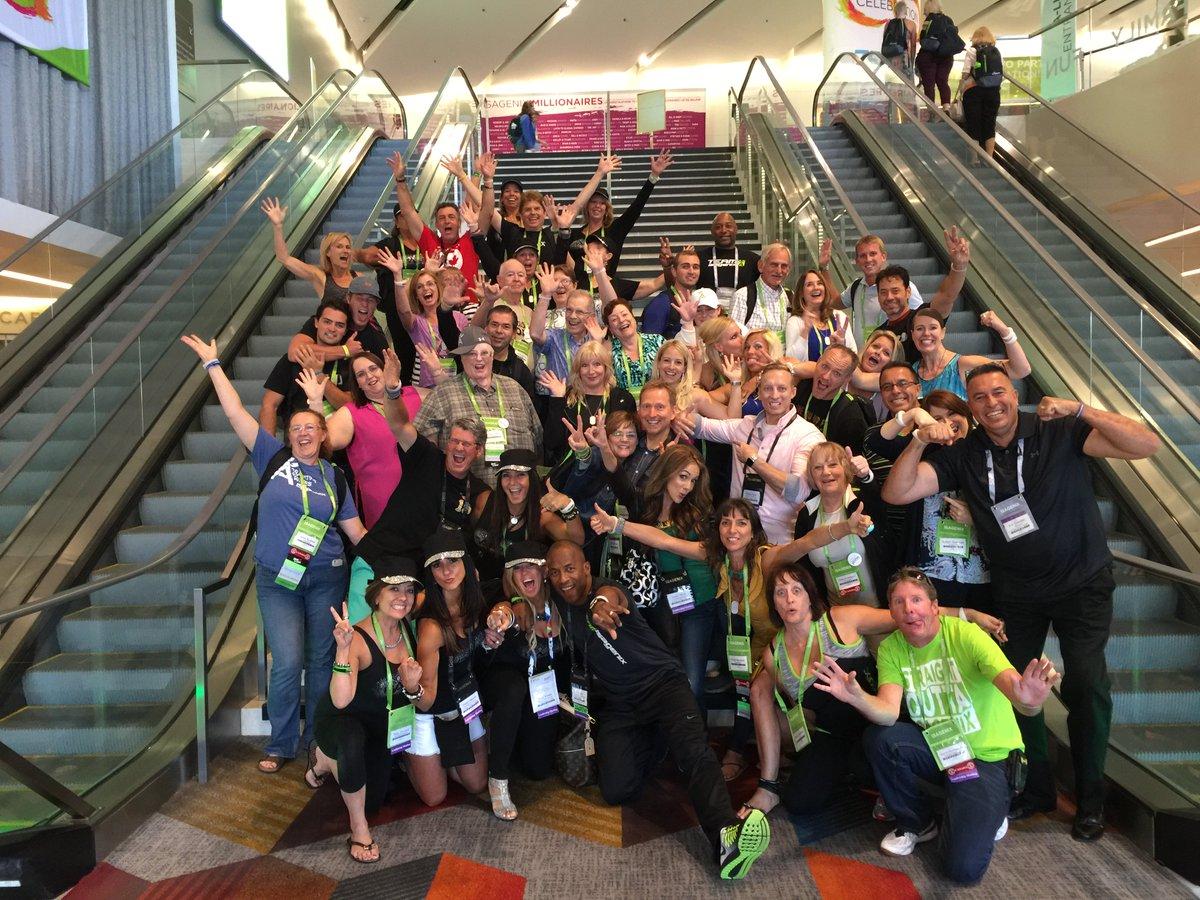 They call us #TeamX88 @JanineRushton  @rodgreen83 @rainabirden @Linda_Compton  @BilliGrossman @Heather_L_N @rainabirden #homebusiness <br>http://pic.twitter.com/bBmMkbTHXh