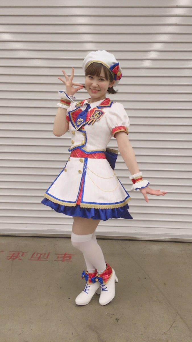 RT @Hanai_miharu: ✩6th Anniversary memorial party✩ ありがとうございました😆✨ 初LIVEサイコーの思い出になりました!! プロデューサーさんの笑顔間近で見れて幸せだった😌 https://t.co/Xq0ucyRz86