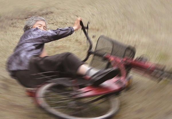【悟り】89歳の自撮りおばあちゃんに撮影のコツを聞いてみた「ひらめきで撮影」 https://t.co/zjzRdcnjSB  「面白そうと思ったらやってみるだけ。強いて言うなら恥ずかしいと思わないこと」と、自撮りに込める思いを語った。