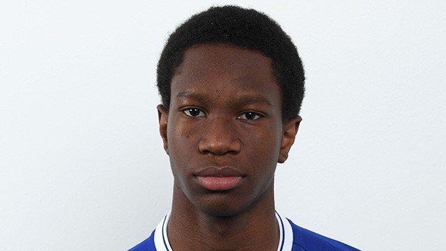 Happy birthday to @ChelseaFC&#39;s Tariq Uwakwe who turns 18 today. #CFC #Chelsea @Tariq_uwakwe<br>http://pic.twitter.com/1bAXaGz4Ra
