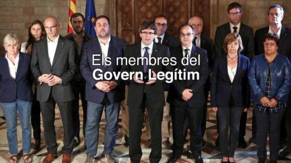La web del 'Govern legítimo' de Catalunya borra de la foto a Santi Vila (pero se olvida de sus piernas) https://t.co/DH0IGYA4yj