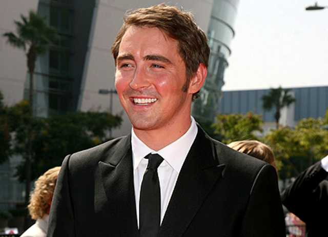 #BuonaDomenica &quot;Wherever you go, no matter what the weather, always bring your own sunshine.&quot; -Anthony J. D&#39;Angelo-  Happy Sunday Buona domenica!  #leepace #sunday #love #friendship #sunshine #smile<br>http://pic.twitter.com/dcOE6lDnPF