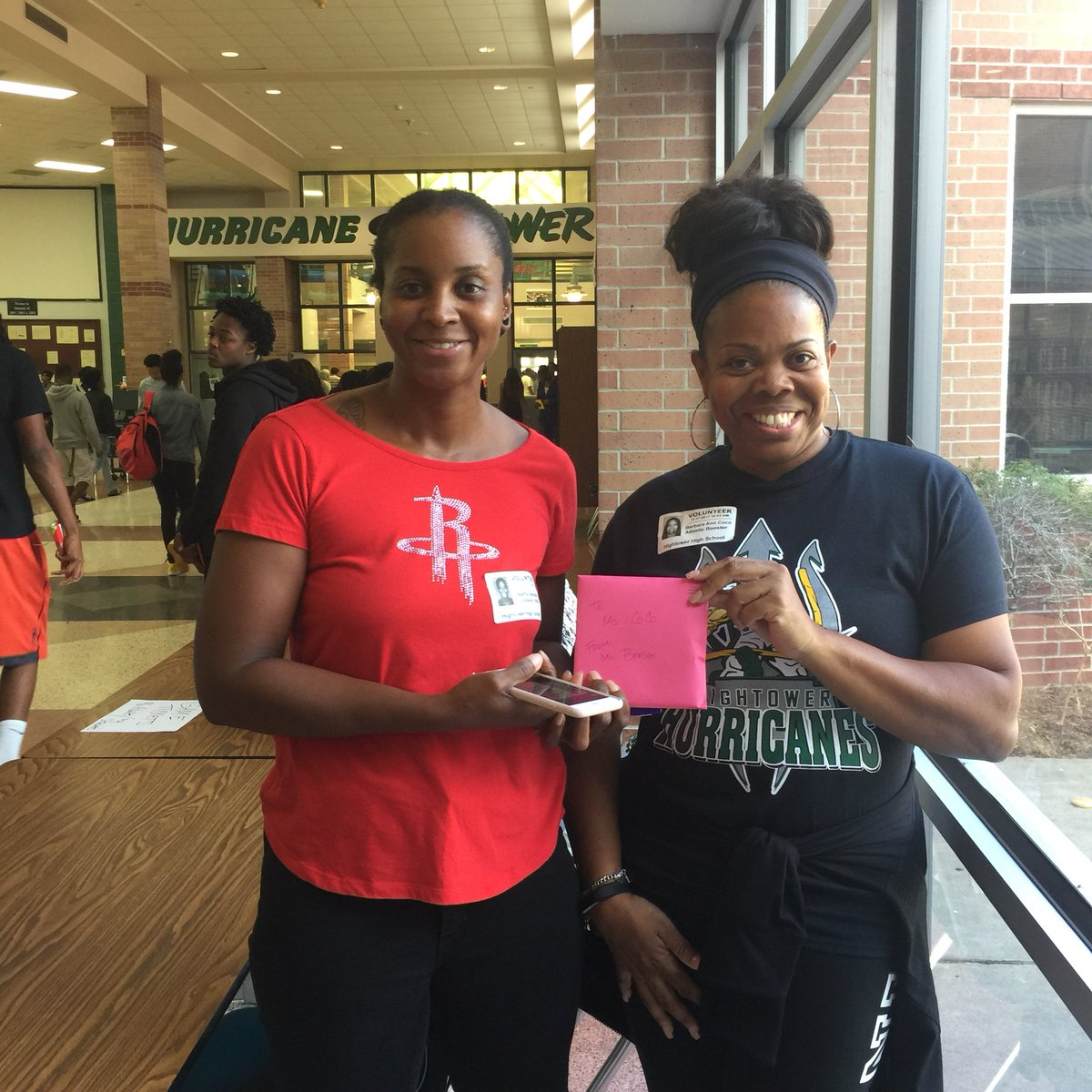 #latepost Congratulations to ME @BarbaraBebe2011 for being @HHS_Canes Volunteer of the Month! Thank you  @HHS_ProGrad2018 @montelongo_john<br>http://pic.twitter.com/ZDfZi3fZ50