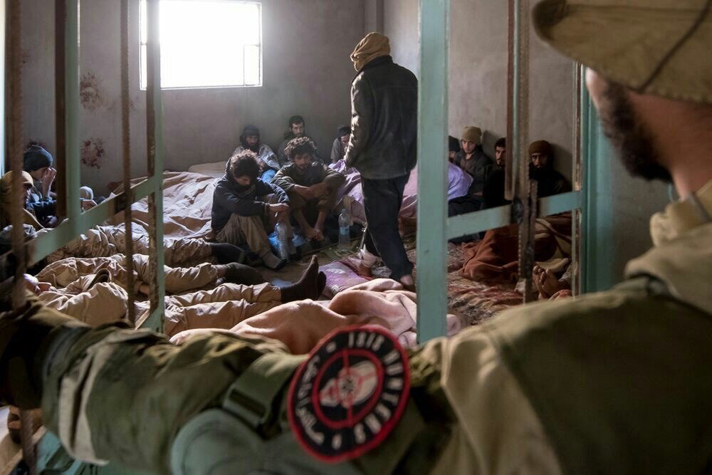 To #ISIS: we are ready to exchange those captives you saw on the photos for Russian brothers #Euphrates #Syria #DeirEzzor #ديرالزور #سوريا #Russia #روسيا<br>http://pic.twitter.com/B7oG6T7Ktc