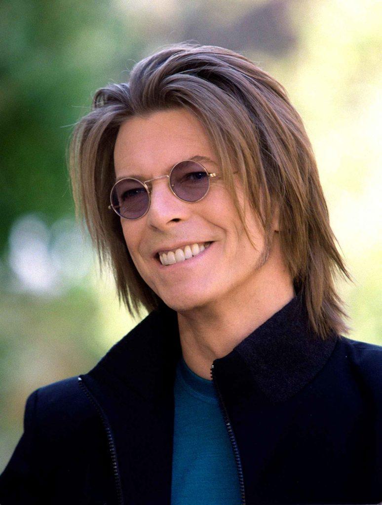 Q&A: David Bowie [1999] https://t.co/L37vBZM2Gx https://t.co/xWpqLVVBc3