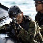 離島防衛を想定 自衛隊が上陸訓練を公開 sankei.com/life/news/1711… pic…