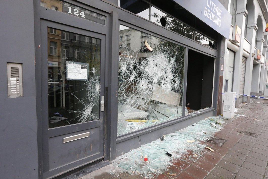 Bruxelles: 22 policiers blessés dans les échauffourées après la victoire du Maroc ➡️ https://t.co/u6Jr21Gfsy #rmclive