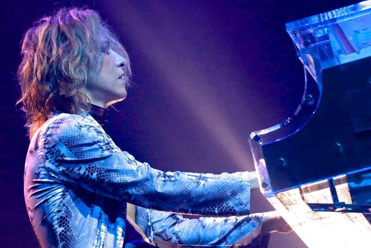 #YOSHIKI #XJAPAN Report on Results of Artificial Disc Replacement Surgery 17/05/2017  http:// jrockradio.net/2017/05/yoshik i-x-japan-report-on-results-of-artificial-disc-replacement-surgery-17052017/ &nbsp; …  via #jrockradio @YoshikiOfficial<br>http://pic.twitter.com/Kj2UssA1oA