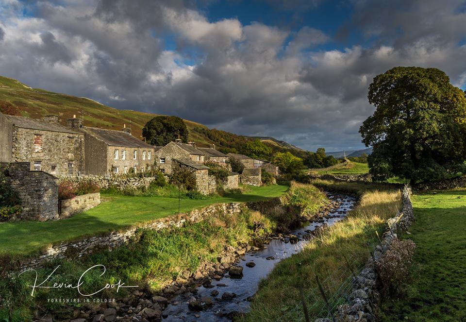 The little beck that runs down the back of Thwaite in #Swaledale #Yorkshireincolour<br>http://pic.twitter.com/kKq581Tulb