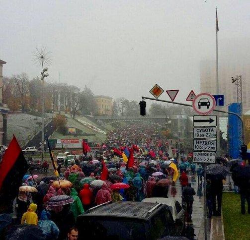 Все патрульные наряды в Киеве переведены в повышенную готовность из-за машины со взрывчаткой - Цензор.НЕТ 5295