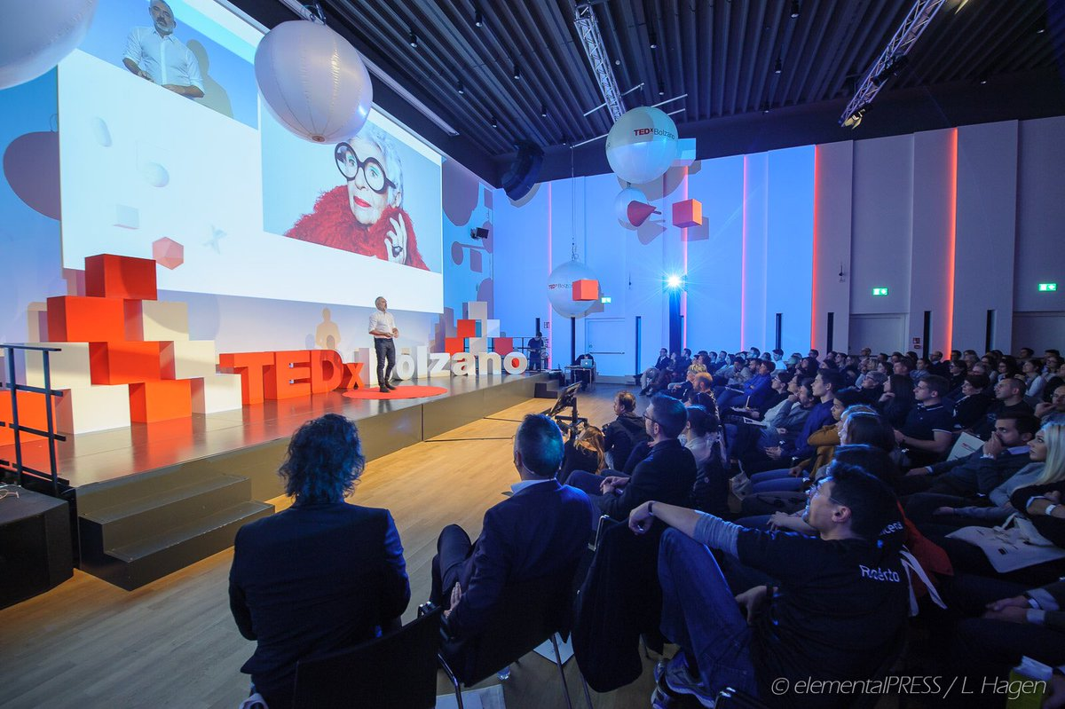 Many #ideas on our @TEDxBolzano stage. Thanks @nipalm @antisophista @OscardiMontigny @la_franci @Perixan7 and many more!<br>http://pic.twitter.com/0U4fVB6kXc
