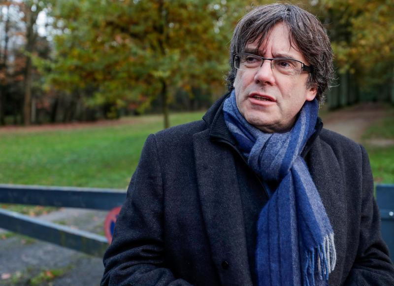 «C'était véritablement un coup d'Etat»: #CarlesPuigdemont livre ses pensées sur la crise catalane pour @lesoir    https://t.co/PJ8FJj6Zwh Un récit de @jujikucz