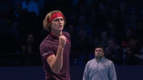 Lovely volley from #Zverev to break in the opening game!  1-0