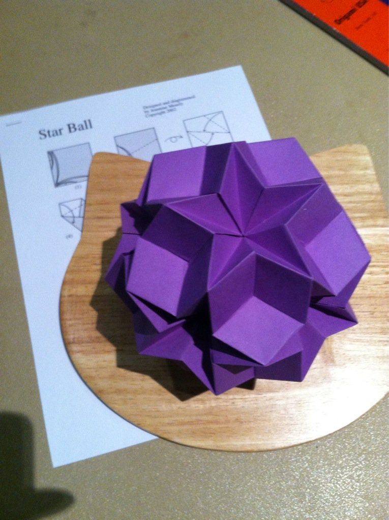 Modular Origami - spiky balls and stellated polyhedra models ... | 1024x765