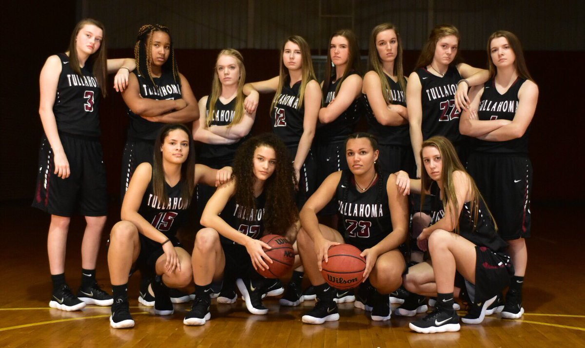 fridays girls basketball team - 1200×714