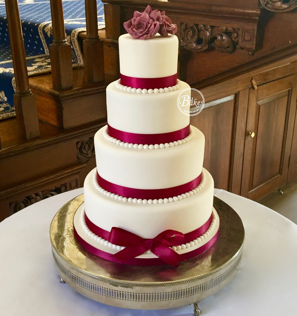 Decorate Your Own Wedding Cake How To Write An Essay Get Into Weddingcake Hashtag On