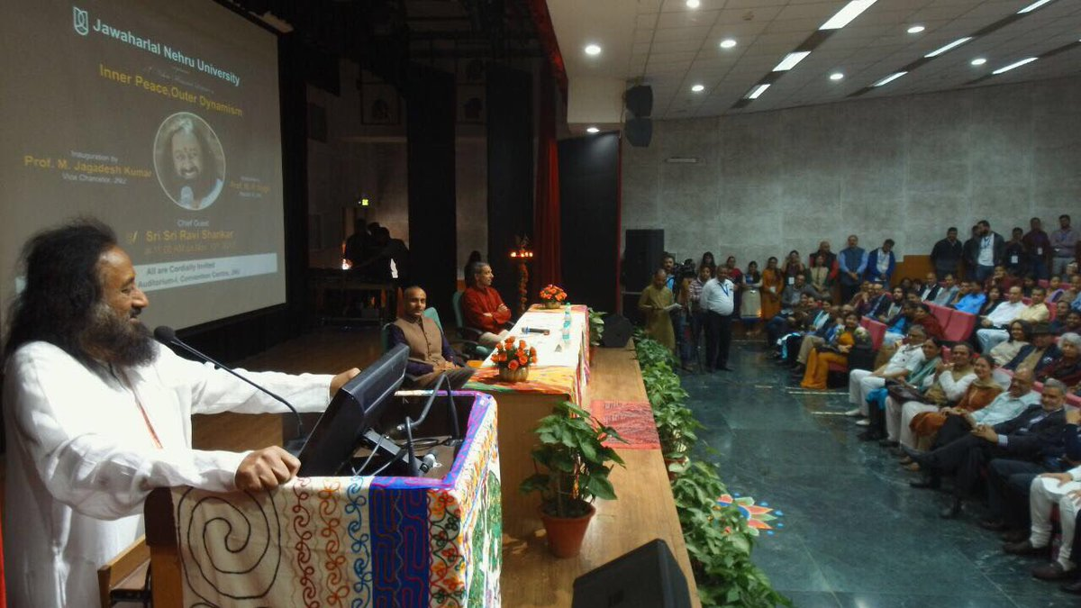 Delivered the annual Nehru Memorial Lecture at Jawaharlal Nehru University, New Delhi.