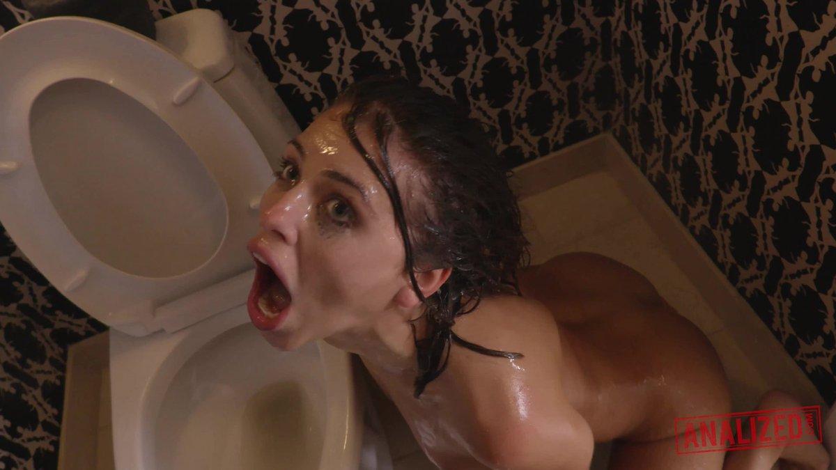 """Adriana Chechik Piss mrmiyagi on twitter: """"@adrianachechik #freak #toilet"""