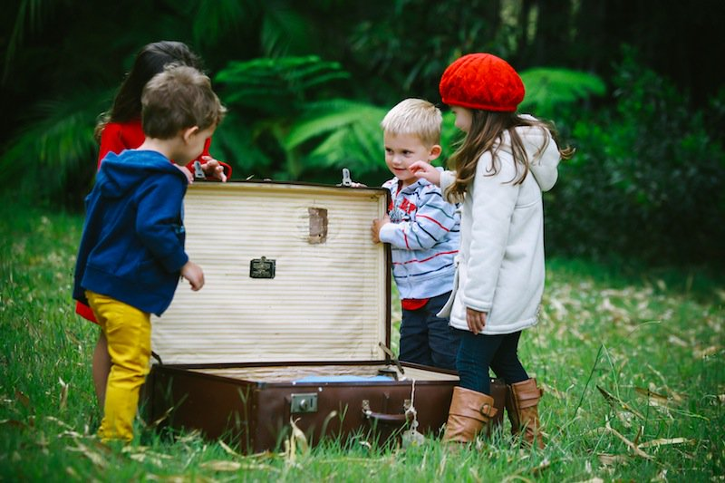 Are you and your family #travelling #abroad for the #winter #holidays ? Keep your #children #safe with our easy to install #Assure #Watch and keep track of their every move.  http:// ow.ly/XN5R30dGEBA  &nbsp;  <br>http://pic.twitter.com/qvXloUPbOj
