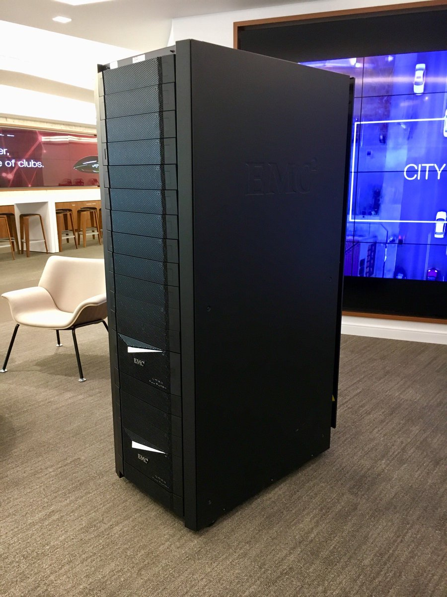 Book A Tour And Come Learn More About High End Storage Getmodernpic Twitter Lty1qjudpo At Dell Executive Briefing Center