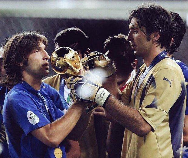 When they were kings.... #Buffon #Italia<br>http://pic.twitter.com/dwziLXOzCl