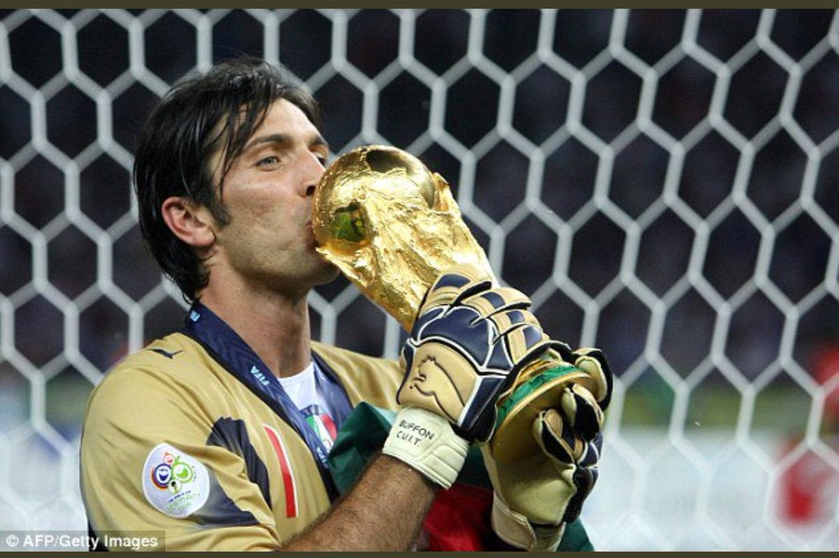 This is how you will always be remembered  A legend a Winner  #Buffon #Italia<br>http://pic.twitter.com/iSAfPXI35k