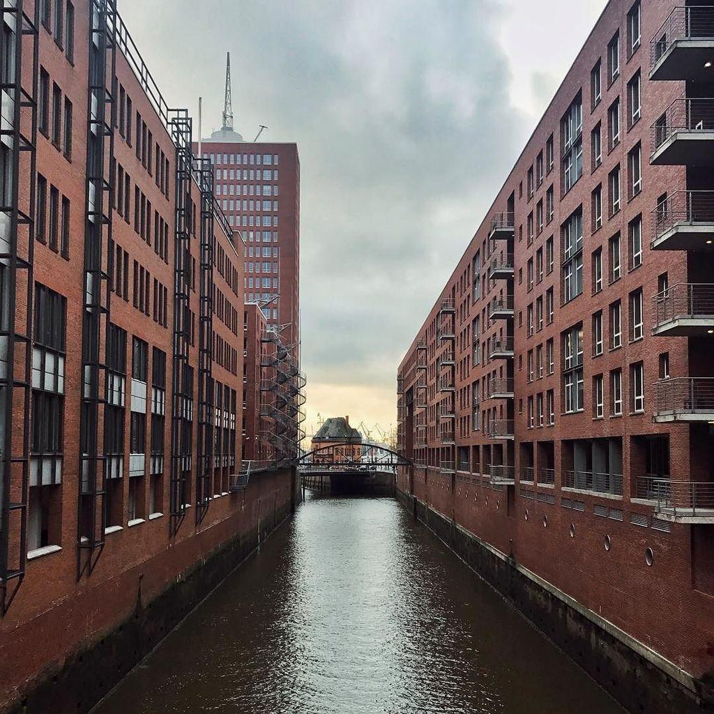 Two wonderful days in Hamburg are coming to an end  + + + + + #hamburgmeineperle #germanytourism #guardiancities #visithamburg #hamburgaho…<br>http://pic.twitter.com/I7pXSj7yuu