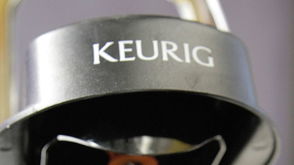 #Twitter storm lashes @Keurig after it pulls ad from #Hannity show  https://t.co/0p57pkHLGm
