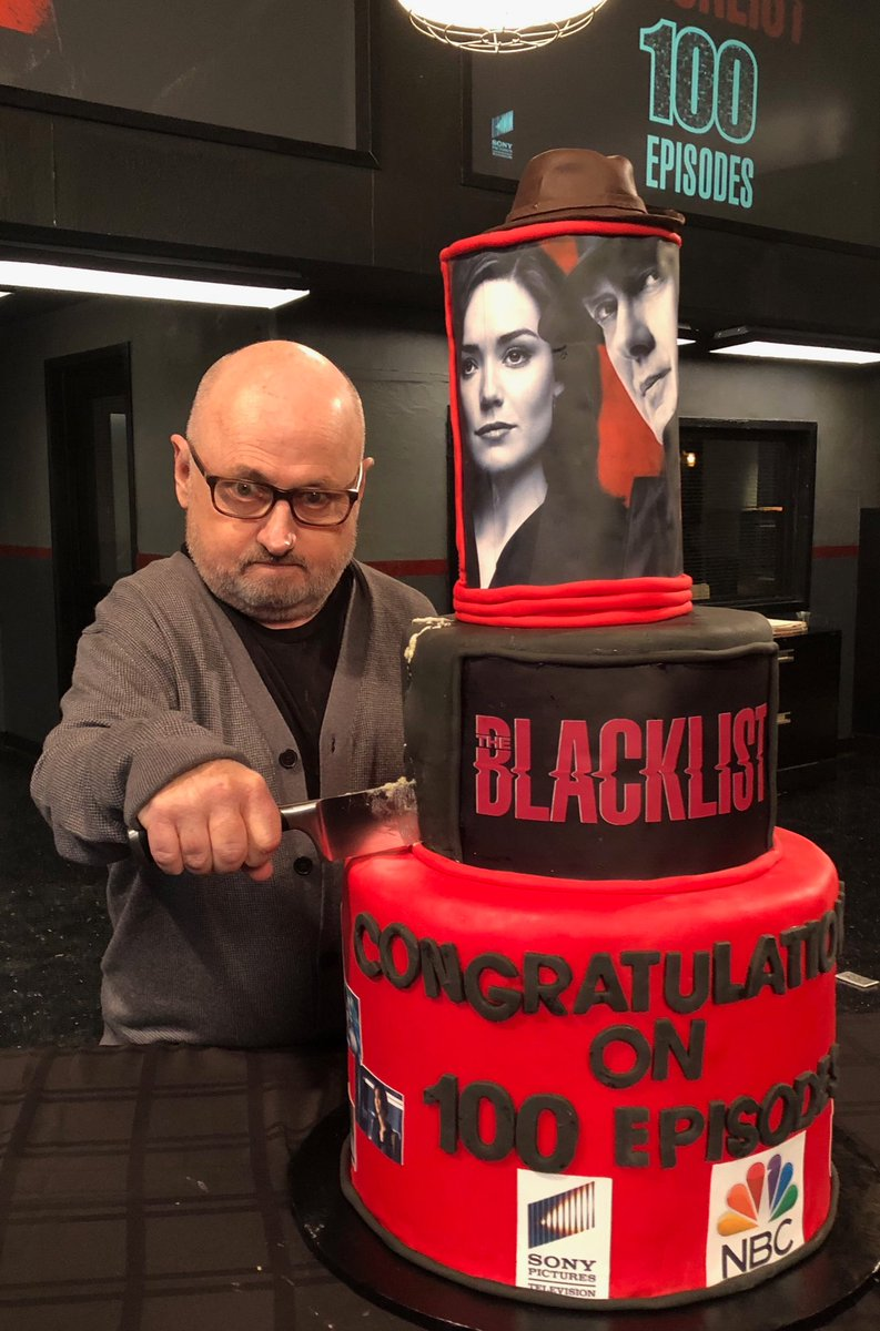 Clark Middleton Ar Twitter Is That Glenjellybeancarter Crashing The Blacklist100thepisode Party He S Getting Himself A Huge Slice B 4 Red Gets To The Table Ha Ha Https T Co U0u1epviiy