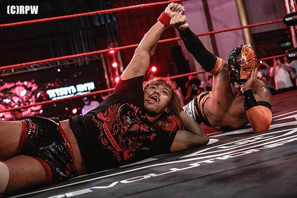 """NJPW/RevPro: Resultados """"Global Wars UK 2017"""" Días 1 y 2 - Zack Sabre Jr. retiene su título ante Will Ospreay 8"""
