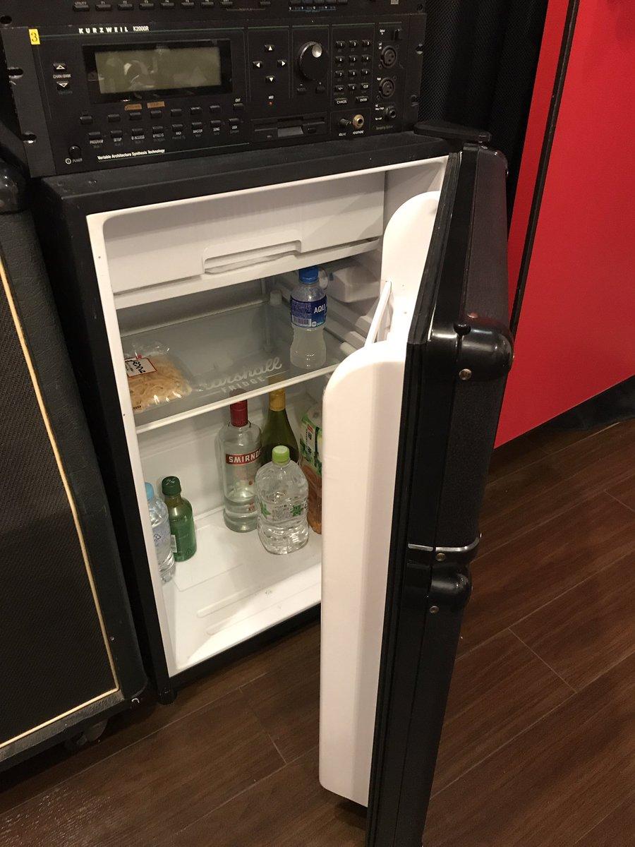 面白アイデア!!完全に騙されたwwwアンプと思ったら冷蔵庫だったwww