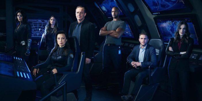 Agents of SHIELD: trailer da 5ª temporada mostra os personagens no espaço! https://t.co/AZEElgpPQV https://t.co/0rFgaofpNJ
