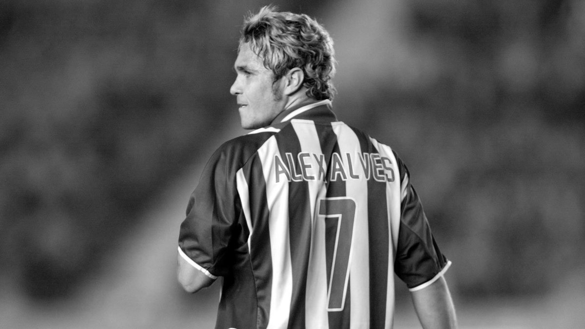 Today marks the fifth year anniversary of Alex #Alves&#39; tragic passing after a brave battle with leukemia. We&#39;ll never forget you, Alex. #hahohe<br>http://pic.twitter.com/lR84P8KYhd