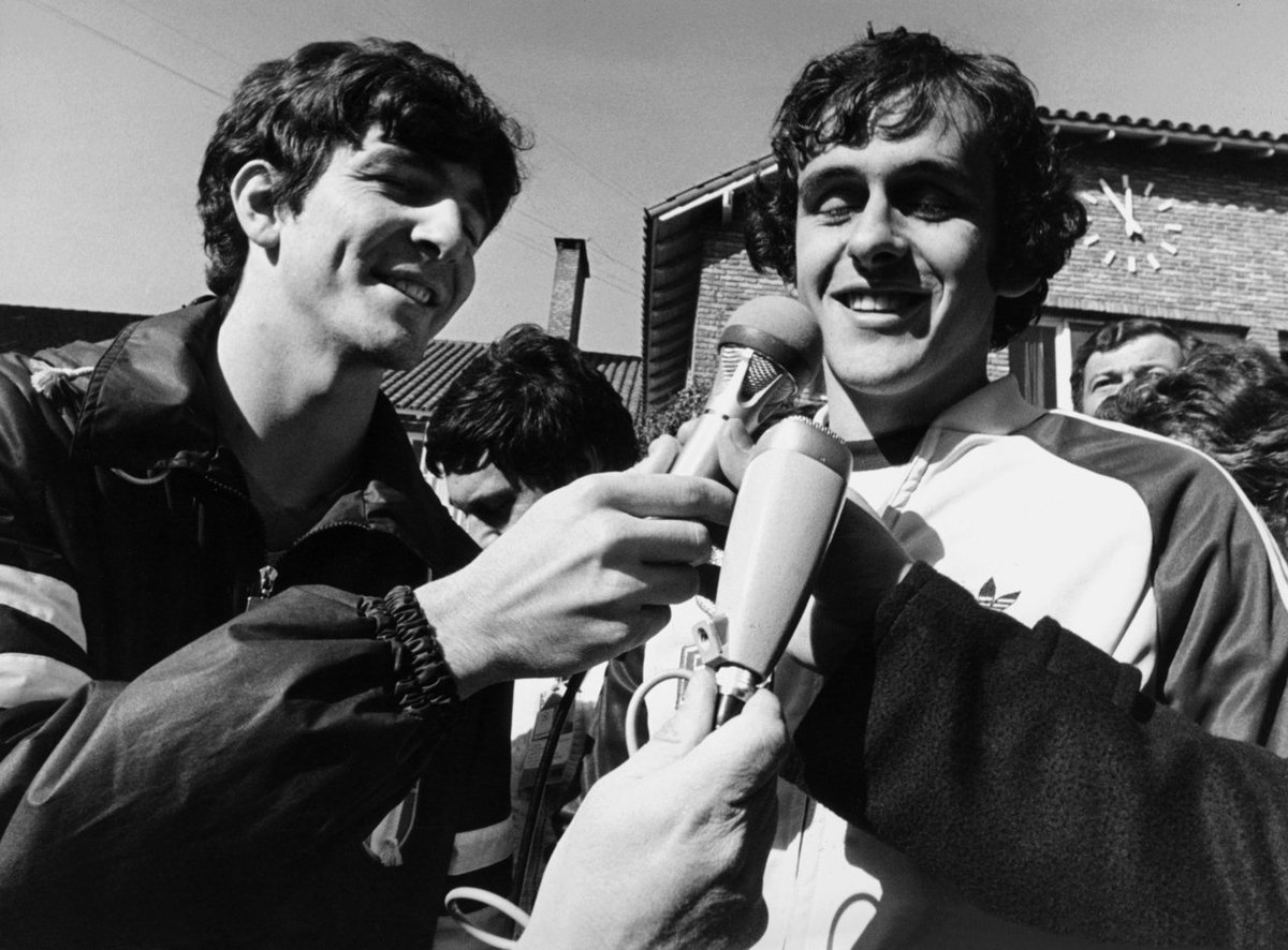 dreaming of #Russia2018WorldCup Pablito #PaoloRossi interview his team mate at #Juventus Le Roy #MichelPlatini @OldFootball11 @footballmemorys @FootballArchive @SuperbFootyPics @facciacalcio @brfootball @TheFootballPink<br>http://pic.twitter.com/npYpOMmb4h