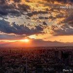✔黄昏時11.11東京シティビュー オフィシャルフォトグラファー荒谷良一氏が、東京の表情をおさめた絶…