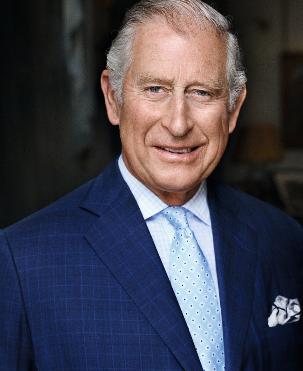 Happy Birthday to HRH The Prince of Wales! https://t.co/lRViGwy81E