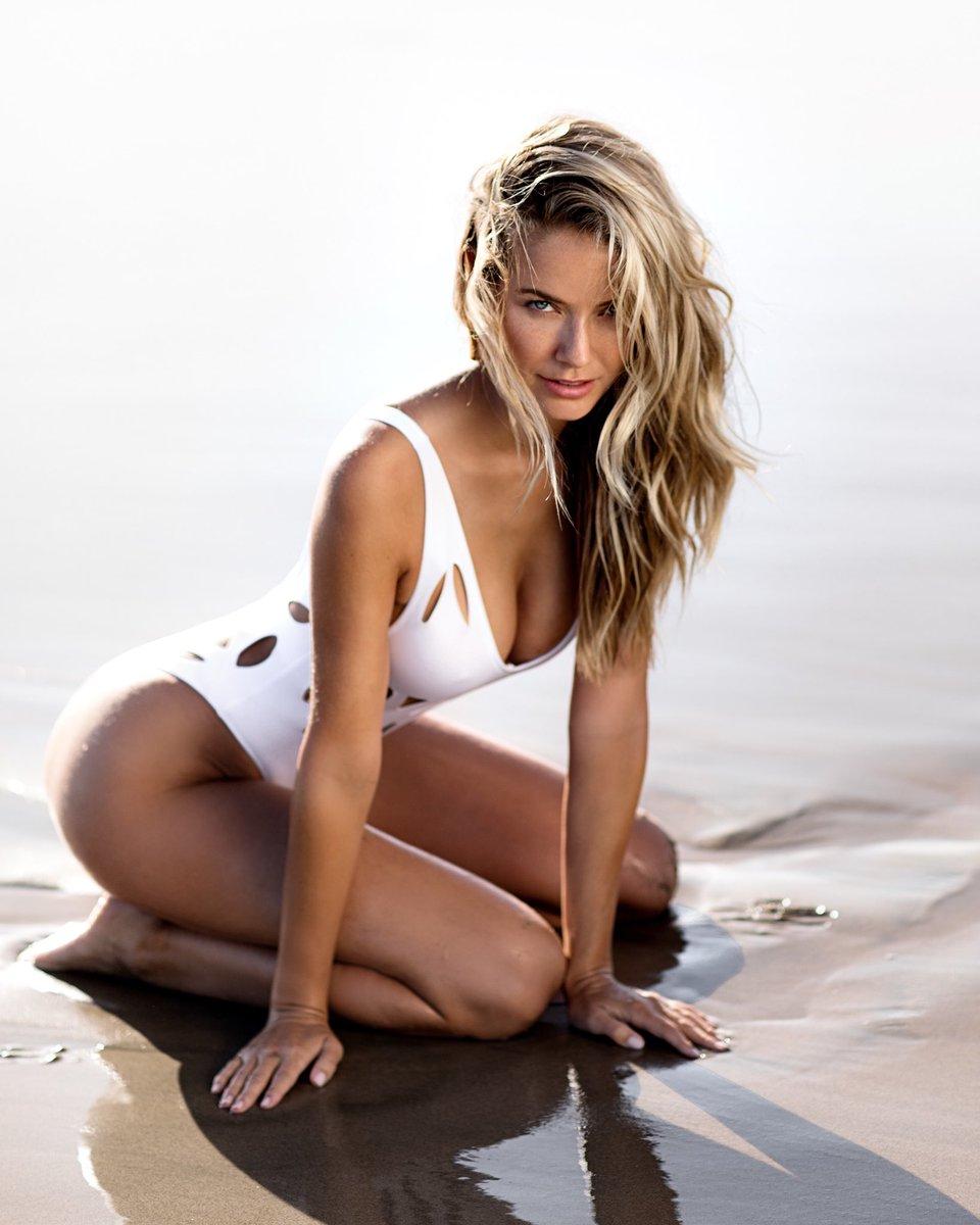 Olivia Jordan Nude Photos 39