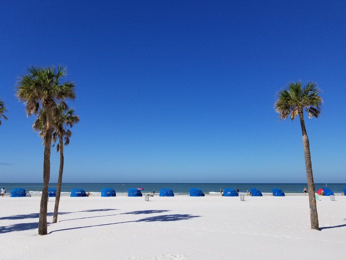 Beautiful day in #ClearwaterBeach for mi...