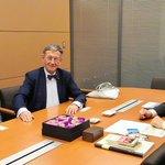 旧知のドイツ連邦議会前議員ハインツ・リーゼンフーバー氏が議員会館を訪ねてくれました。私が経済産業大臣…