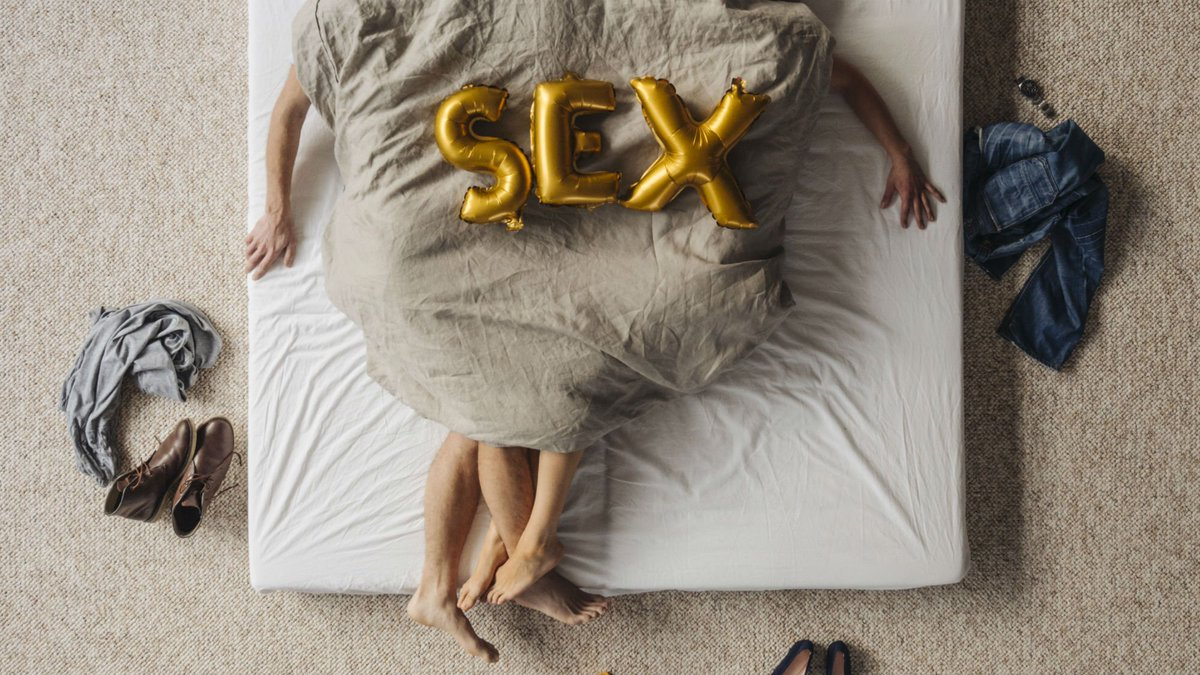 sex in the bed