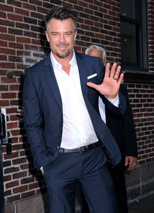 Happy Birthday Wishes going out to Josh Duhamel!!!