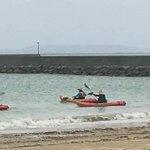 辺野古で海上妨害活動をしているボートに「関西生コン支部」の文字が。どういうことでしょうか?辺野古の妨…