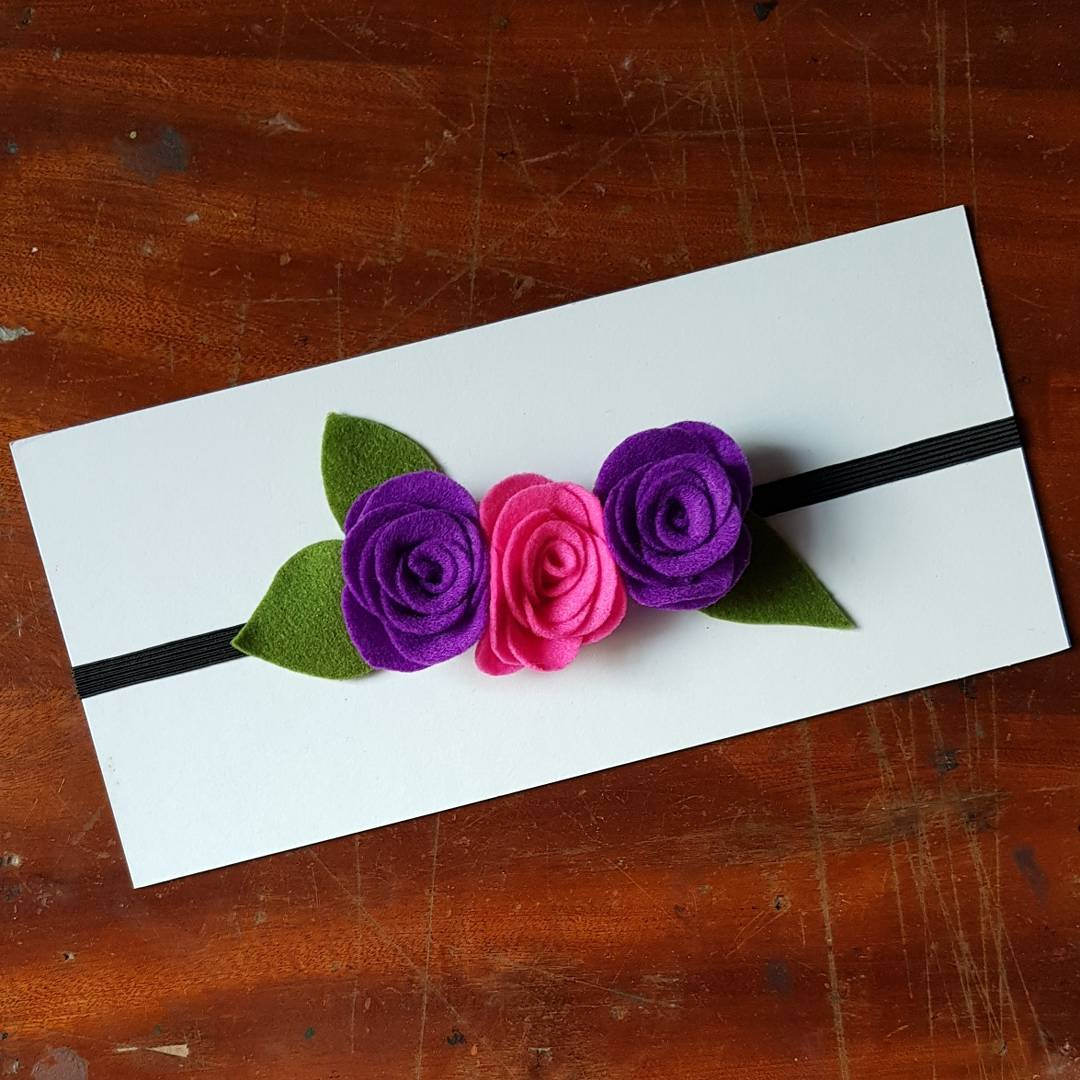 Handmade felt flower headband. Get this on  http://www. mydesign4u.com/craftedbyneneh  &nbsp;   #bridalshower #headband #felt #feltflower #flower #handmadeflowers #handmade #babyshower<br>http://pic.twitter.com/AnIeOvniDb