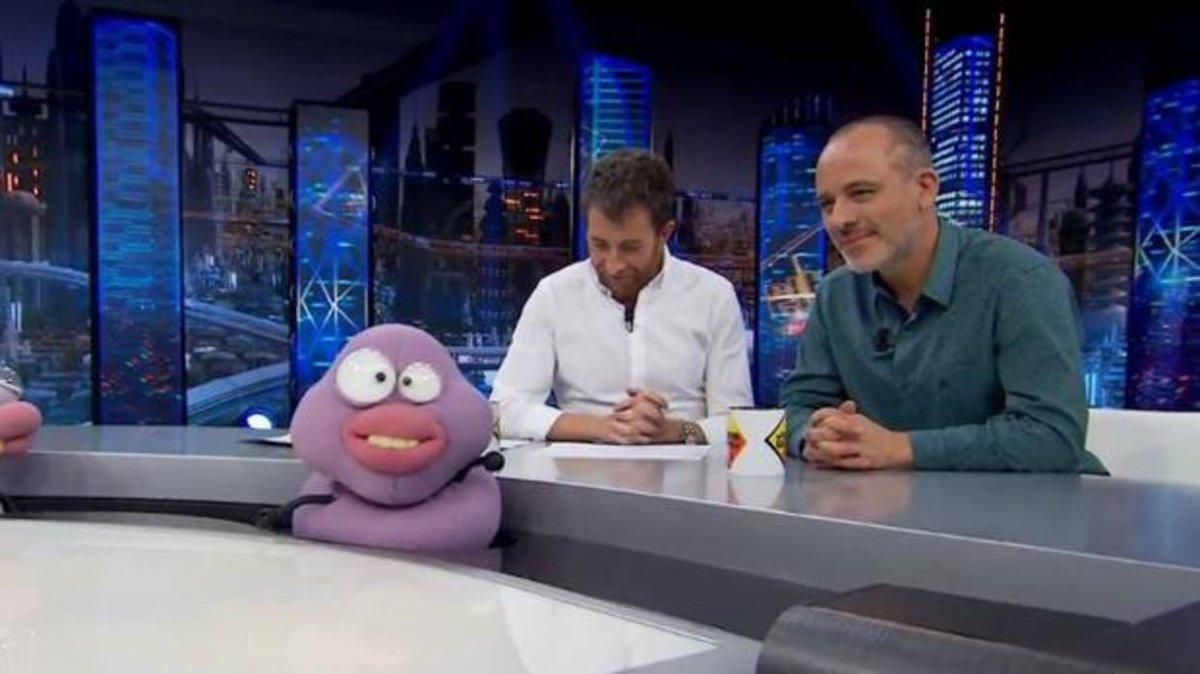 RT @ABC_PlayTV: Javier Gutiérrez (@javiergutialva) se desnuda en «El Hormiguero» #autorEH  https://t.co/3KAzrsabbf https://t.co/ifIiaz45Wd