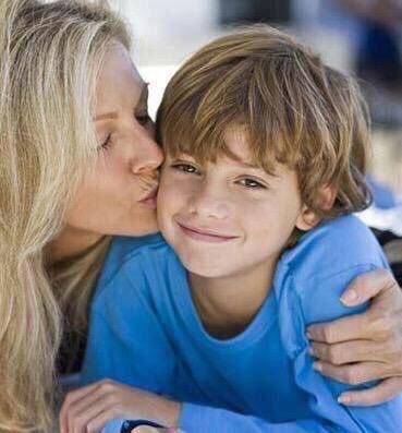 RT @hhhtjm: #المطلقه_ضحيه_مجتمع تطلقت وأصبحت ام وأب لأطفالها💔 بإختصار ...  الأنثى وطَن الحَياة ❤️ https://t.co/A3iNFXy3Mt