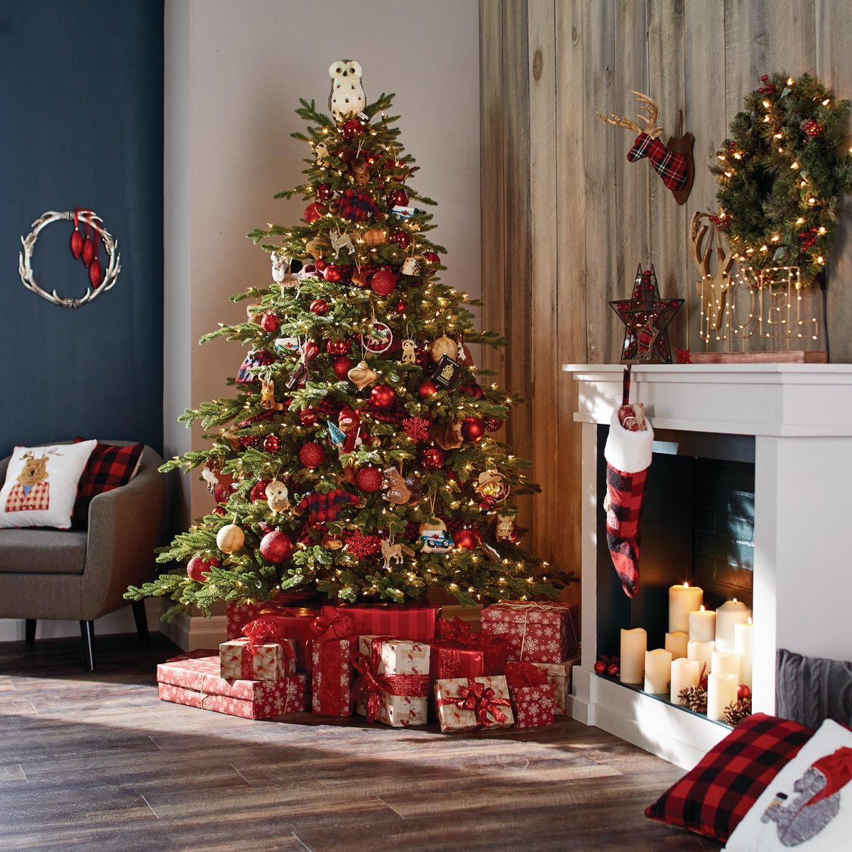canadian tire on twitter celebrate christmas in canada bold hues festive plaids and rustic accents make the perfect traditional setting - How Does Canada Celebrate Christmas