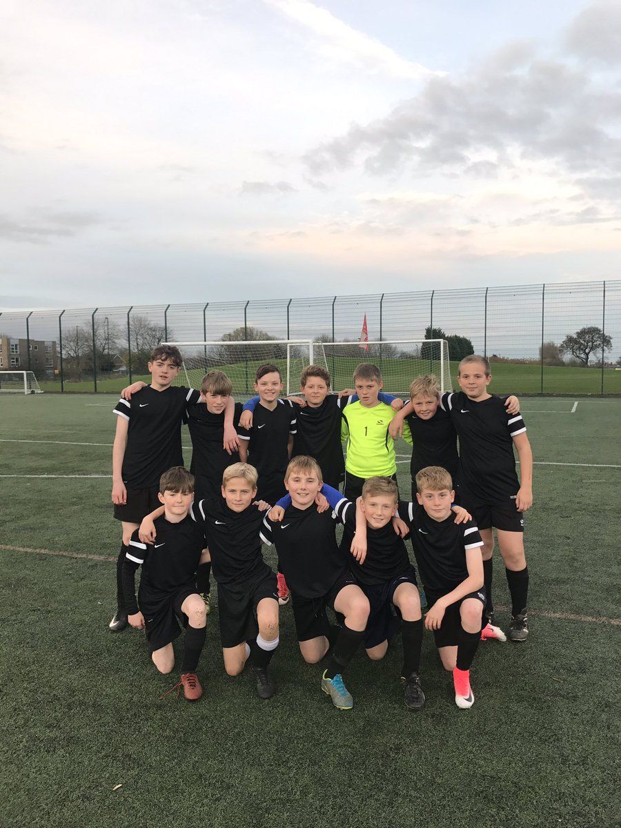 Second win in as many nights tonight for our Year 7 football team as they ran out 4-1 winners away to Valley Gardens. The result meant that we have won the League Goals from Savage (3), Slater (1). MOM: Owen Humble. #Champions <br>http://pic.twitter.com/SzQp8oMMQx