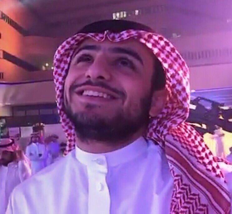 RT @sarsamii: #تجمع_زد6_اقطاب_الواقع  ياااااه، ورجعنا لـ الذّكريات❤️❤️. https://t.co/rrKMxNPllF
